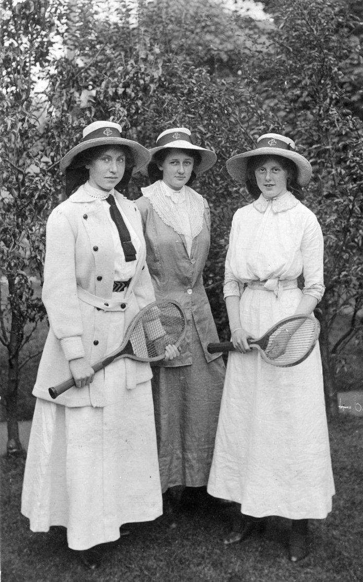 Ca. 1910. Ladies playing tennis