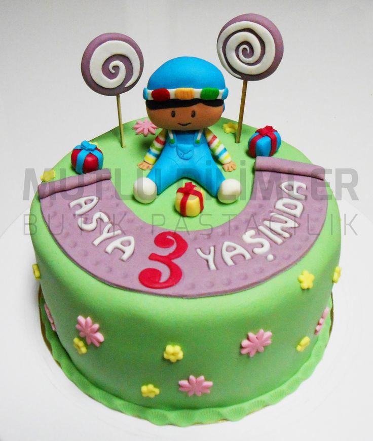 pepe cake - 3 years old cake - birthday cake - girl cake pepe pastası - 3 yaş pastası - doğumgünü pastası - kız çocuk pastası mutludilimler.blogspot.com https://www.facebook.com/mutludilimlerpastacilik