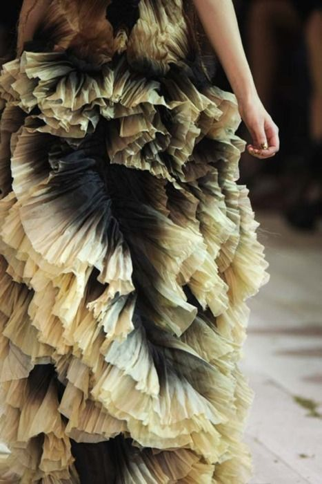 McQueen, pleats: Wedding Dressses, Dreams Revisited, Wedding Dresses, Avangard Fashion, Fabulous Fashion, Dress 789714, Blue Dreams, Dressy Fashion, Haute Couture