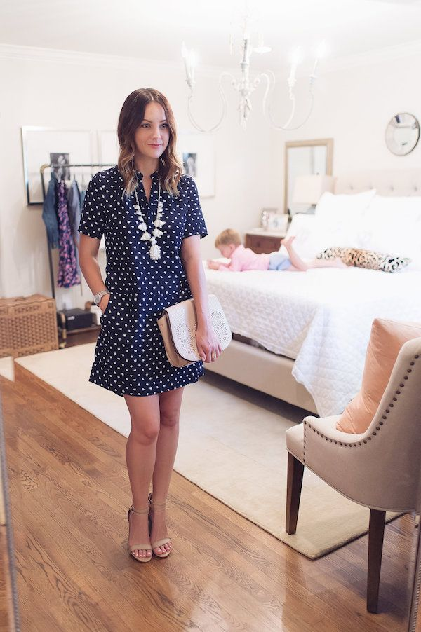 Caroline styles a second outfit from her style trunk for a nighttime look << HOUSE of HARPER