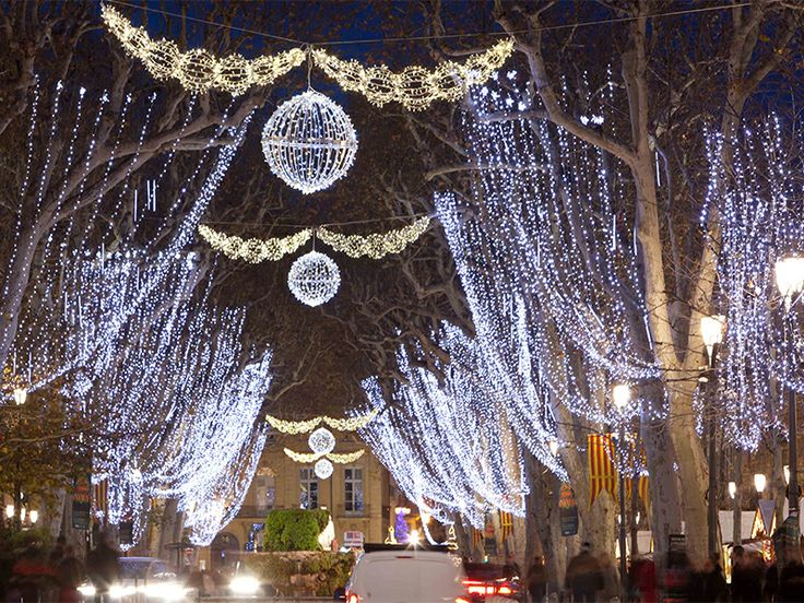 FRANCE   Aix En Provence   Illuminations 2013 By Blachère Illumination  Http:/