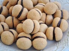 İSMİ KADAR LEZZETİ DE FARKLI HANIM ÖPÜCÜĞÜ KURABİYESİ TARİF DETAYLARI MAVİ LİNKTEDİR http://www.lezzetliyemeklerperisi.com/kurabiye-tarifleri/hanim-opucugu-kurabiyesi-tarifi.html