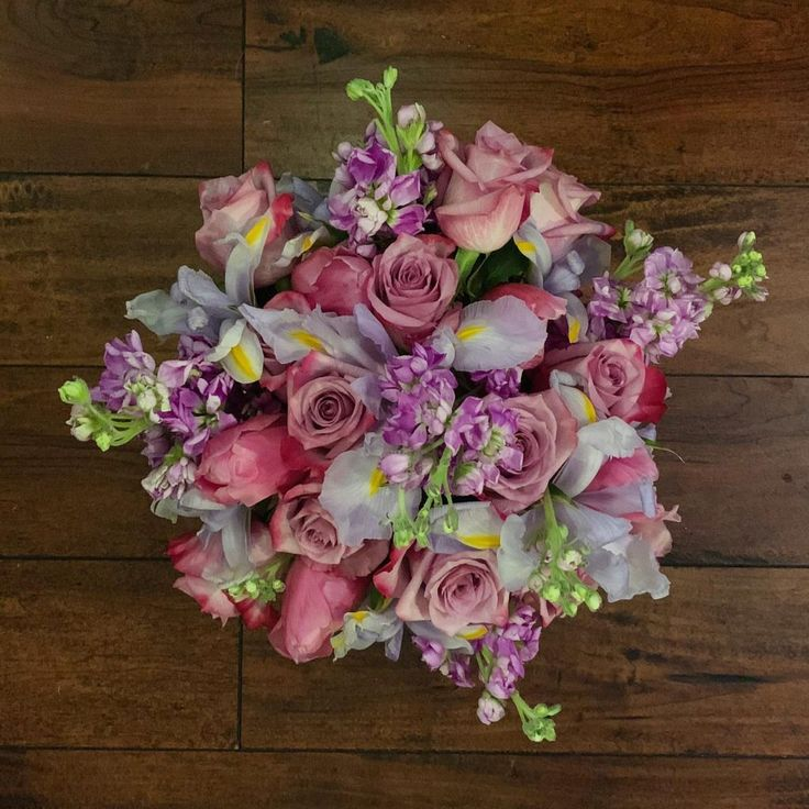 Arrange vased flowers without supplies in 2020 flower