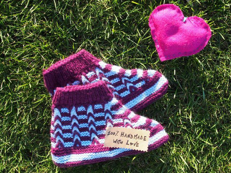Wool slipper socks handknit - handmade in Bosnia - from Balkans  LIGHT BLUE/PURPLE di LovingBalkans su Etsy