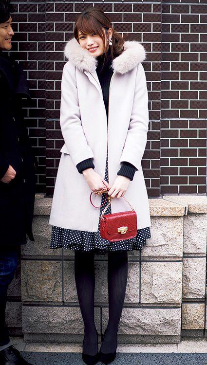 【毎日コーデ】抱きしめたくなる女の子♡王道で柔らかな淡色コートのモテコーデ