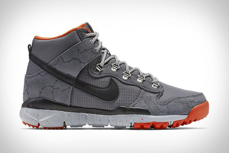 Mixing a city-ready upper with a trail-ready outsole, the Nike x Poler SB Dunk Boot will keep you ready for any situation. The leather and synthetic upper comes from the Nike Dunk basketball shoe and has a water-resistant finish, while...