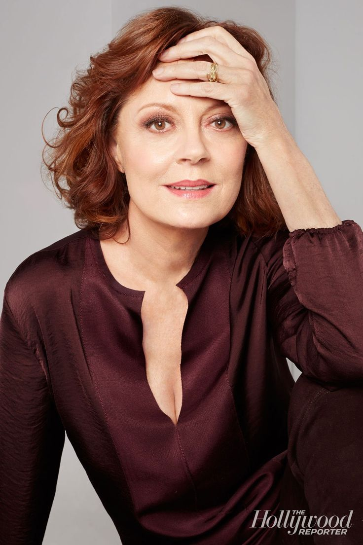 Susan Sarandon 2014 hair. Hair color and blouse style and color