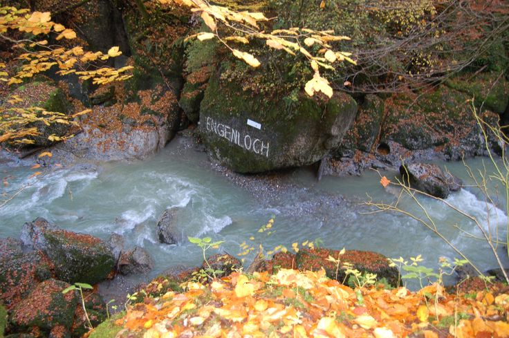 wasserwanderung naar Engenlochschlucht bij Hittisau Bregenzerwald Vorarlberg