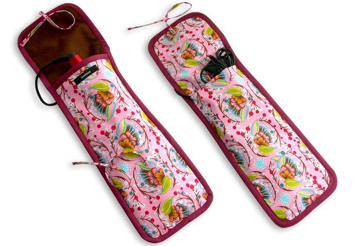 Travel Accessories: Curling Iron/Flat Iron Case | Sew4Home My grandma had made me one of these when I was little and I have lost it sometime over the years. Now to make myself and my daughter one!!