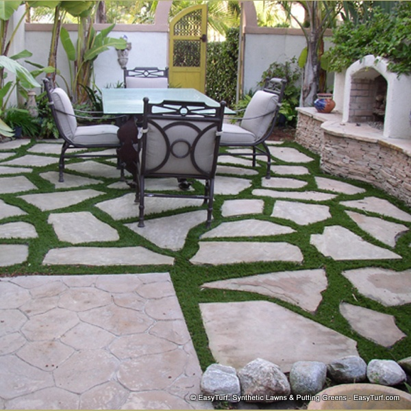 EasyTurf With Paver Stones Modern Landscape