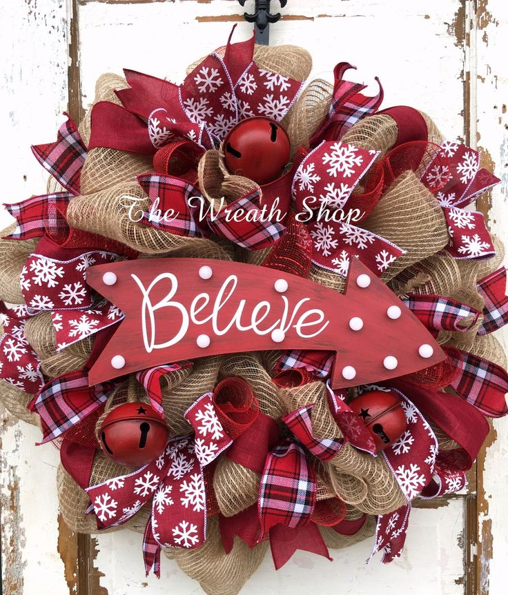 Rustic Believe Christmas Wreath with Light Up Sign | 25+ Beautiful Christmas Wreaths