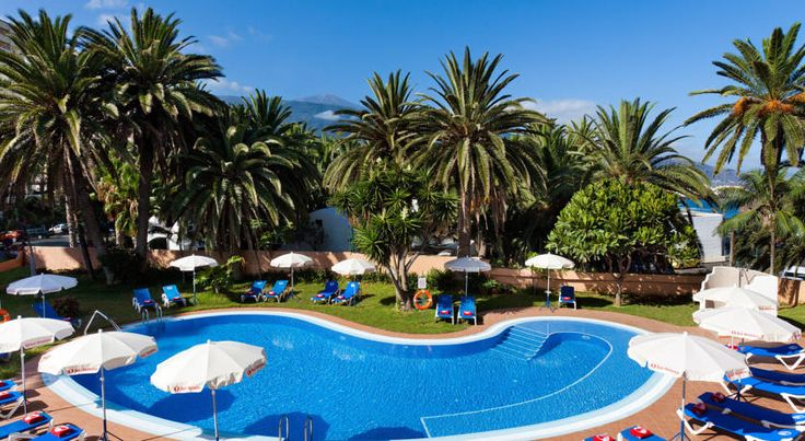 Sol Puerto Playa Puerto de la Cruz Featuring a shared swimming pool and garden area, Puerto Sol hotel is set at the heart of the tourist resort of Puerto de la Cruz, in the north of the island of Tenerife.  Set overlooking the sea, you can enjoy excellent views from the hotel.