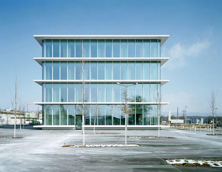 Rheinfelden Office Building / Nissen & Wentzlaff Architekten, © Ruedi Walti