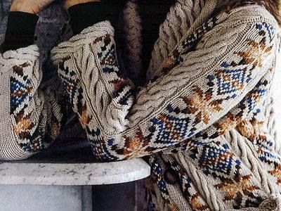 like the mix of cables and colorwork