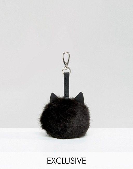 Skinnydip | Charm de pompón para bolso con diseño de gato de Skinnydip