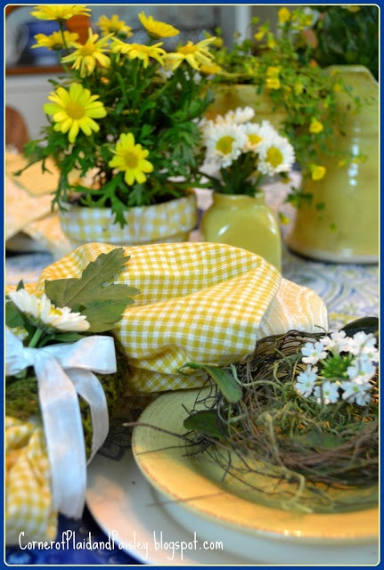 Sunshine yellow tablescape