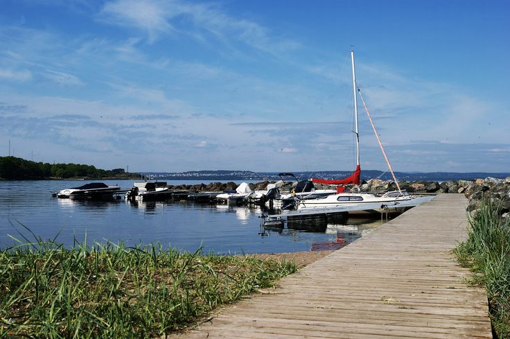 Our private pier that is available for our guests eveyday. Summer at Hotell Refsnes Gods.