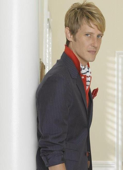 #RevengeIsBack and Nolan Ross, founder and CEO of NolCorp, also wants his #Revenge ~ @Gabriel_Mann