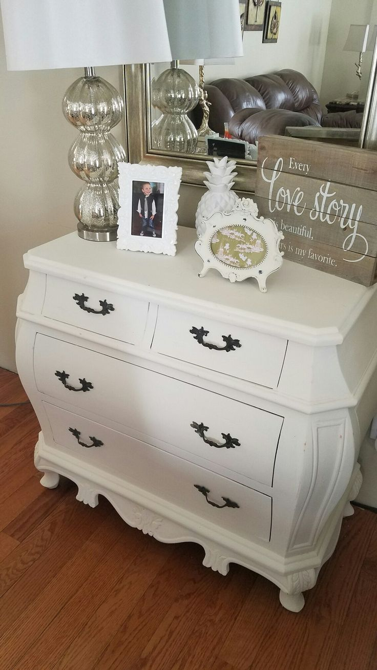 Bombay chest painted with Annie sloan old white chalk paint