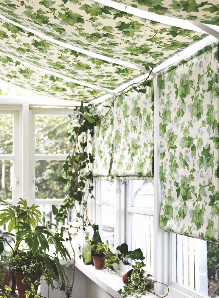 House Beautiful UK Easy-to-make_ceiling_blinds_for_summerhouse_conservatory