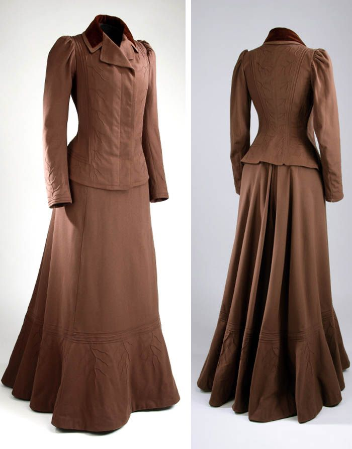 """""""Tailor-made"""" suit, Henry Morgan & Co. Ltd. About 1898.  McCord Museum"""