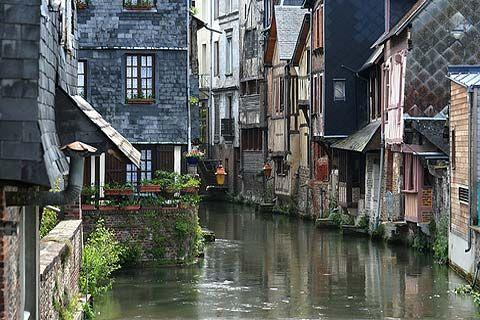 Pont-Audemer, Normandy, France. Photo de Pont-Audemer de Eure
