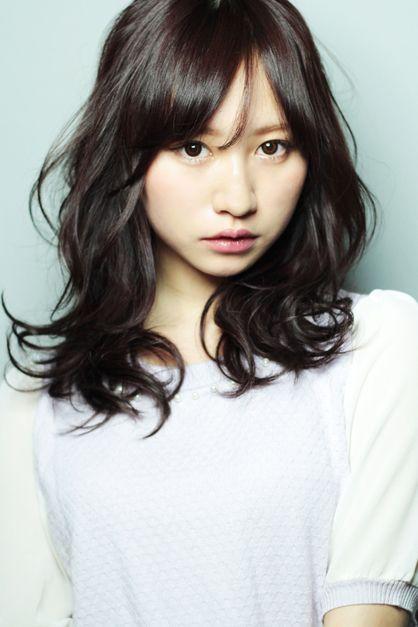 暗いカラーと動きのあるパーマ | 東京都・青山・表参道の美容室 AFLOAT Xel-Haのヘアスタイル | Rasysa(らしさ)