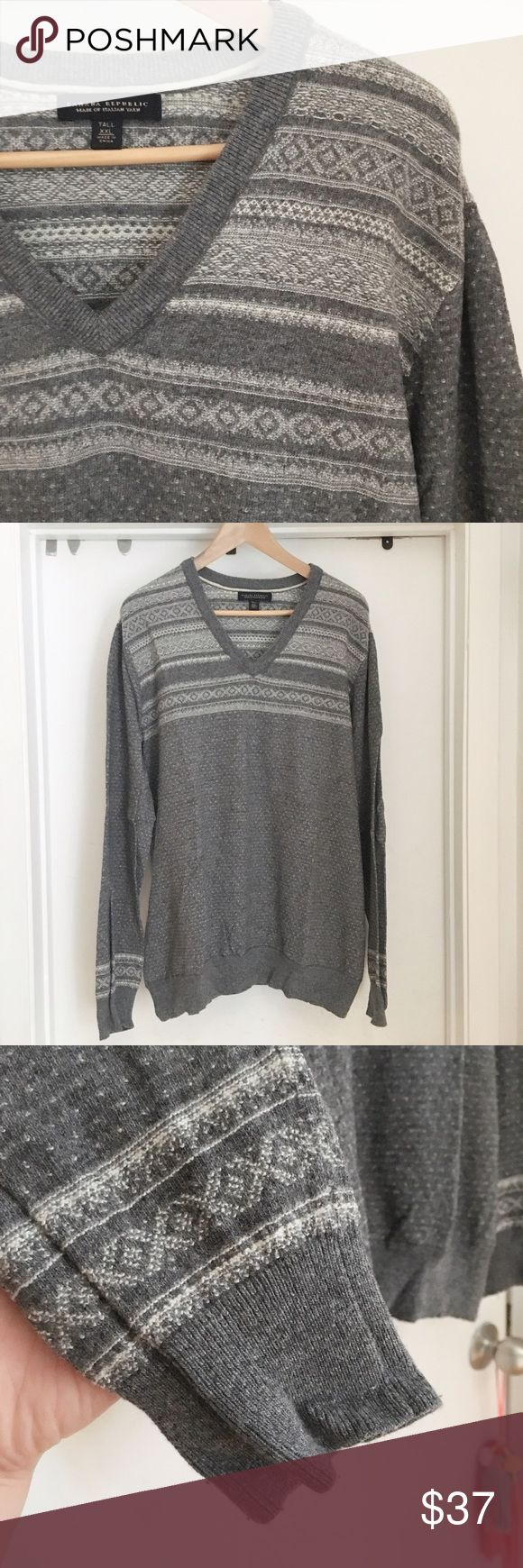Banana Republic Fair Isle Boyfriend Sweater Super cute and cozy oversize boyfriend sweater from Banana republic. Looks great with skinned or leggings, or even tights if your height allows. The sweater is long because it is a Men's XXL Tall. Perfect proportions for the slouchy boyfriend fit 💕✌🏻 Banana Republic Sweaters V-Necks