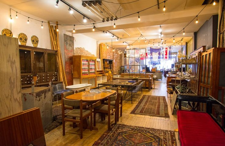 Vintage Furniture Stores in Toronto: Smash - Dealing in anomalous character pieces, Smash is not your standard vintage store. Smash is salvage. #retro#unique