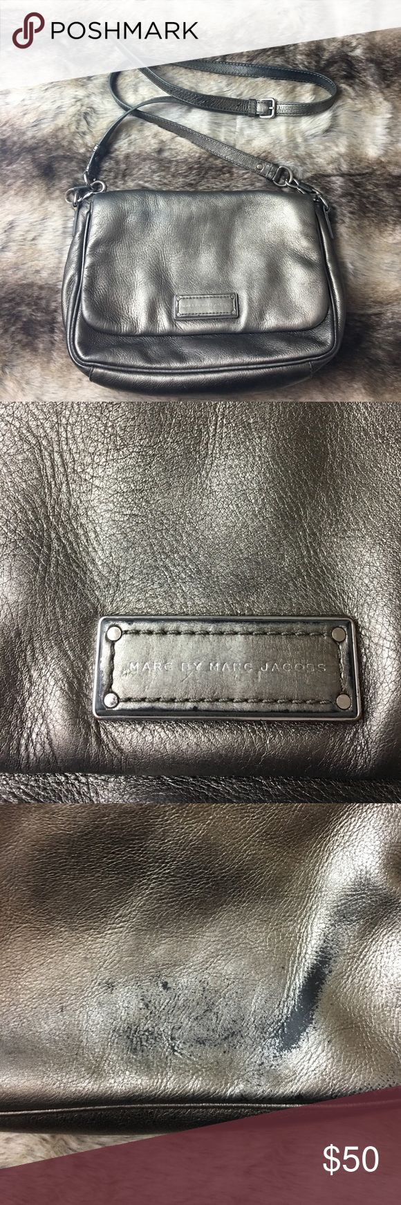 💜SALE💜 Marc by Marc Jacobs Cross Body The back of the bag has wear & discoloring, please see photographs. Marc by Marc Jacobs Bags Crossbody Bags