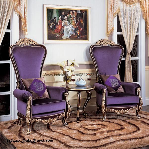 JualSet Kursi Sofa Mewah Sandaran Tinggi merupakan Produk desain Terbaru dengan sandaran tinggi dan wana jok yang mewah dan finishing hitam dan emas