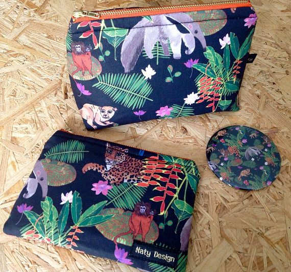 Handmade animals of the Amazon patterned cosmetic bag