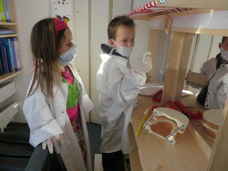 Tandartspraktijk in de kleuterklas, kleuteridee.nl, dental practice for preschool, role play 2