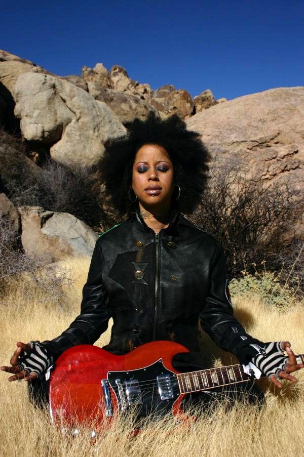 Exclusive: Beyonce Guitarist Bibi McGill Talks Music, Hair ...   Bibi Mcgill