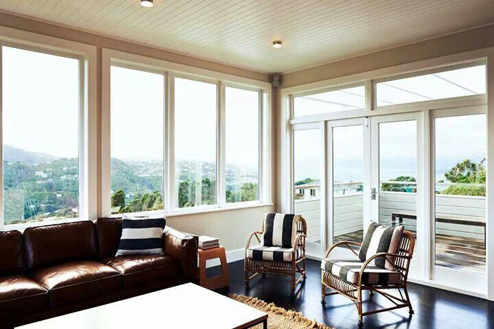 Solari Architects - Wadestown house - family area