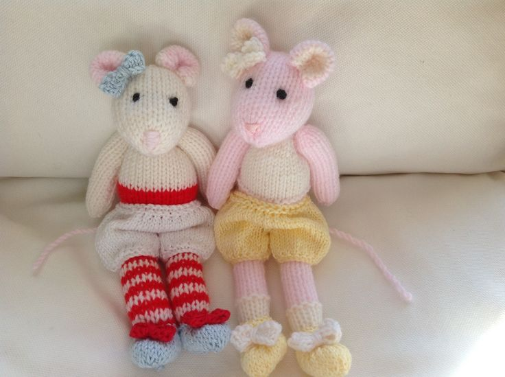 Fifi and Mimi waiting to be dressed. Patterns from Maryjanes Tearoom. Easy knits and the kids adore them!