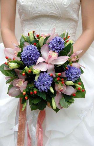 Wedding bouquet - Twins v Angels