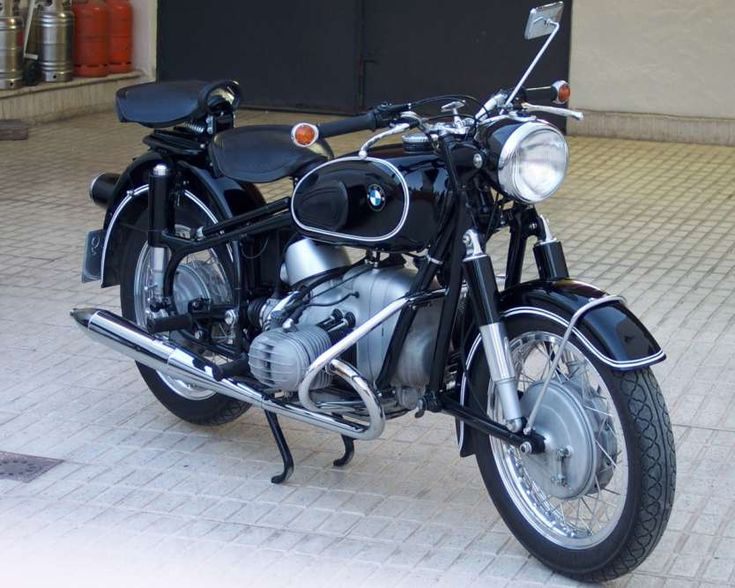 Classic BMW R 50/2 Motorcycle | Black