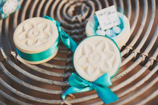 jordan almonds | apulia wedding inspiration shoot | see more on http://weddingwonderland.it/2014/02/matrimonio-italoamericano-in-puglia.html