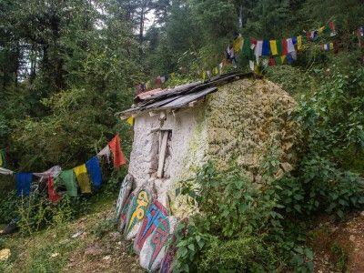 An austere dwelling, McLeod Ganj, Dharamsala, India. #india #tibet #himachal #travel #buddhism #culture #Kamalan