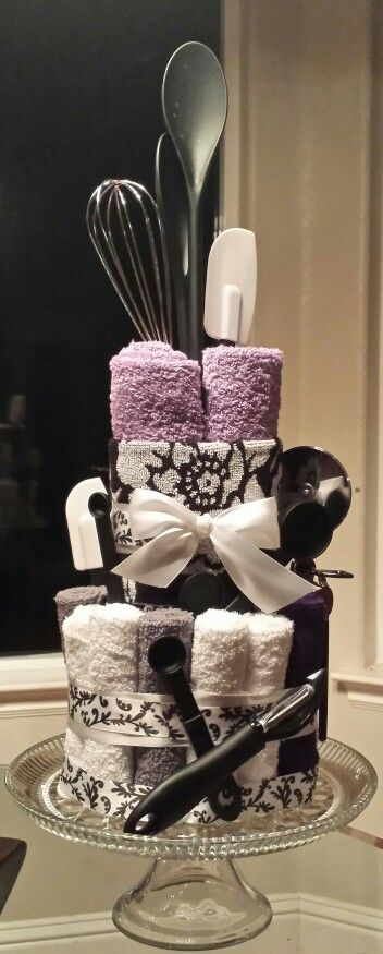 Bridal shower towel cake http://www.deal-shop.com/product/leachco-snoogle-total-body-pillow-ivory/