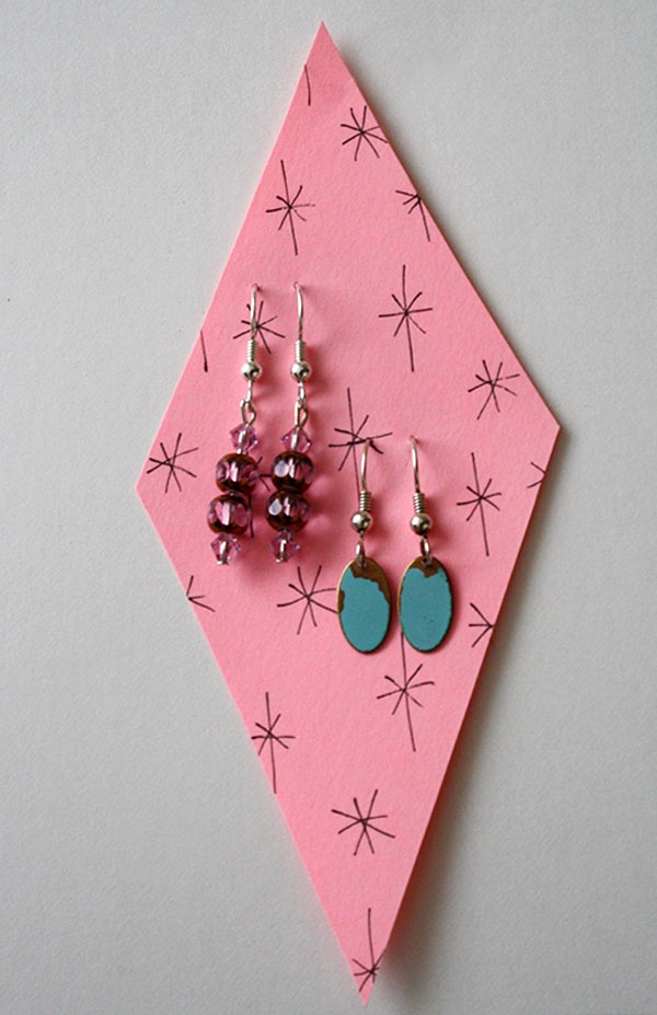 Value set! Two vintage inspired earrings for the price of one at CharmingShop!