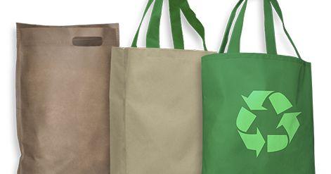 http://ift.tt/2lM6m8a http://ift.tt/2lM6nZT  El Ministerio de Ambiente y Espacio Público porteño continúa distribuyendo bolsas reutilizables en distintos puntos de la Ciudad con motivo de la resolución que implica el cese de entrega de bolsas plásticas livianas del tipo camiseta en la línea de los supermercados hipermercados autoservicios y supermercados chinos que comenzó a regir desde el 1º de enero del 2017.El cronograma de entrega de bolsas para la semana próxima es el siguiente…