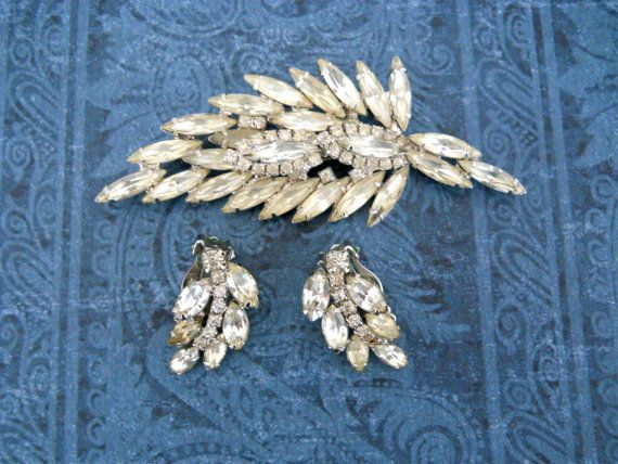 1940's Rhinestone Brooch & Matching Earrings ► http://etsy.me/16lsfjw