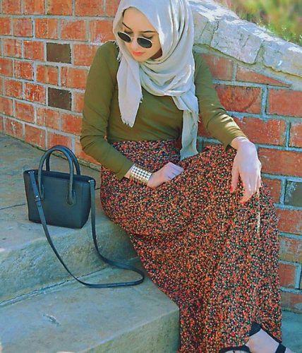 maxi skirt casual hijab- Fashionista hijab trends http://www.justtrendygirls.com/fashionista-hijab-trends/