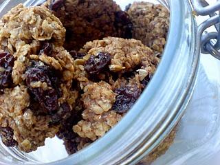 Linda McCartney Oatmeal Cookies (Nigella Lawson recipe)