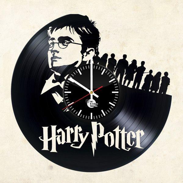 Uhren - Harry Potter Unique Vinyl Record Clock - ein Designerstück von TO-Design-Studio bei DaWanda