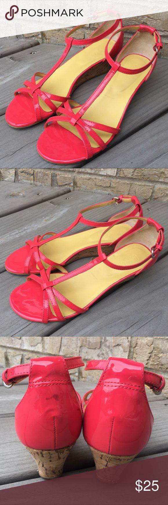 Boden Ht Coral Pink Sandals Wedges 37 Beautiful shoes. Have a few marks, see pictures. Size 37, approximately 6-7. Happy poshing! Boden Shoes Sandals