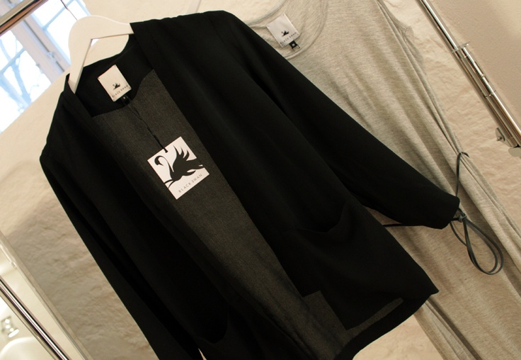 Black Swan SS13# - Close up - Black Swan Blazer - #4Party and Daily#