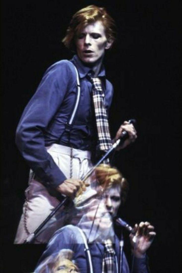 """David Bowie, """"Diamond Dogs"""", Circa 74. 🐶"""